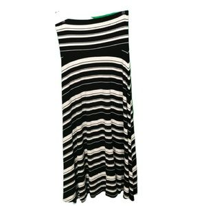 Great GAP striped maxi skirt in Small
